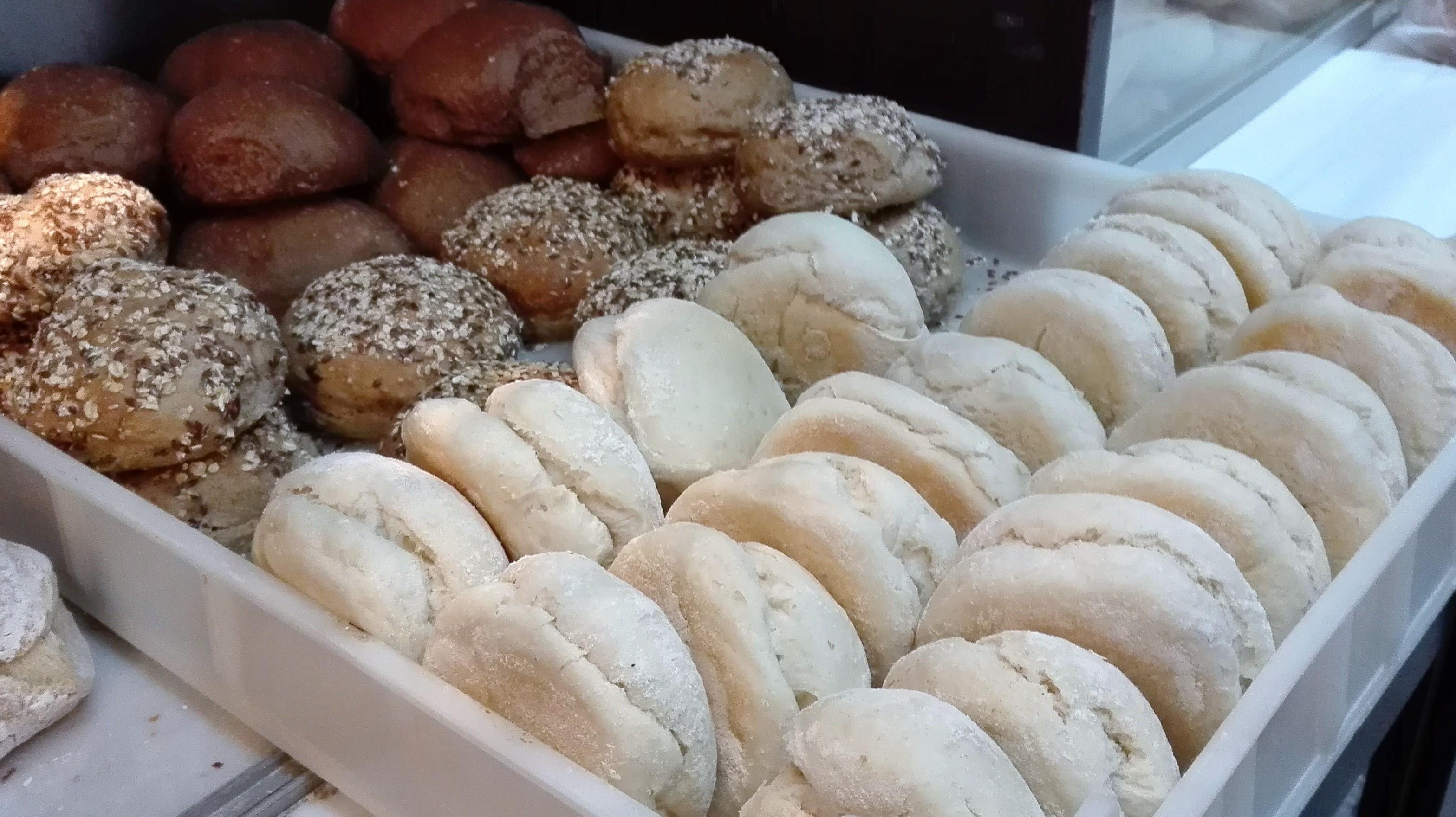 Pão de Alfarroba, Sementes e fofinhos